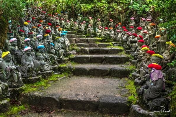 D85_0654_stone monks1