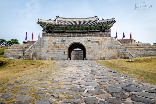 D85 1044 seoul fortress_190