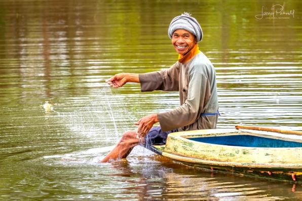 D85_0630_fisherman