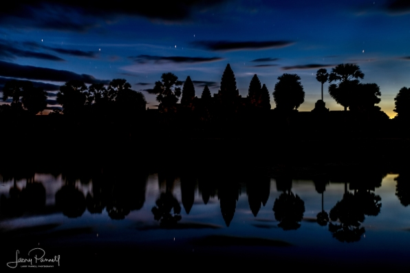 dsc_2210_angkor wat sunrise*_190 copy