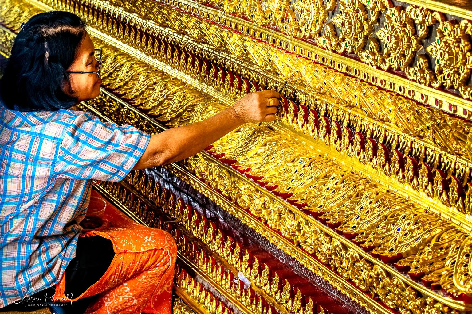 D85_2198-Edit_bangkok shrine restore