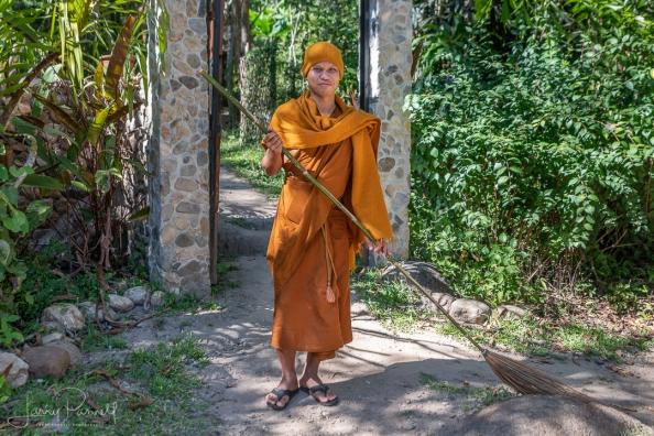 DSC 3225 pai monk