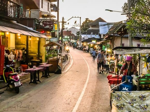 IMG 0152 pai walking street