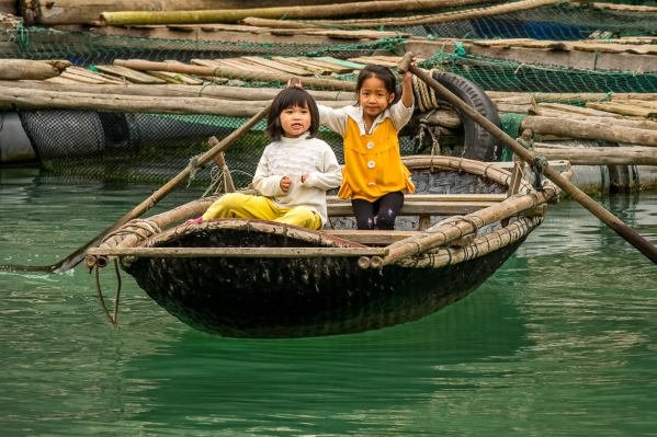 115 halong bay kids 1