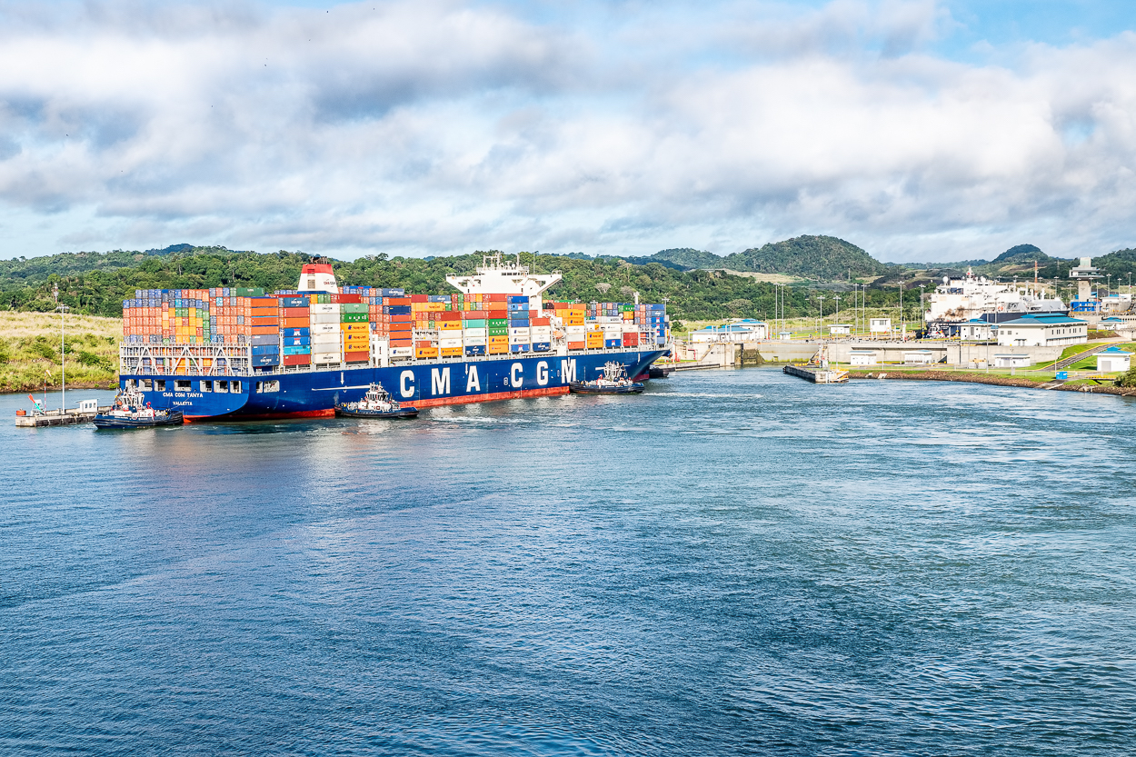D85_1395 panama canal new_